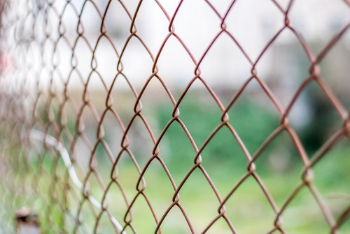 Cost to install chainlink fence Estimates and Prices at Howmuch
